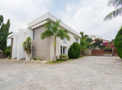24 North Ridge, Accra, Greater Accra, 8 Bedrooms Bedrooms, ,Semi-Detached House,For Rent / For Sale,24 North Ridge ,1029
